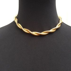 """Vintage Monet gold tone twisted rope necklace 17"""""""